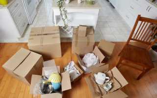 Как выселить из квартиры непрописанного человека